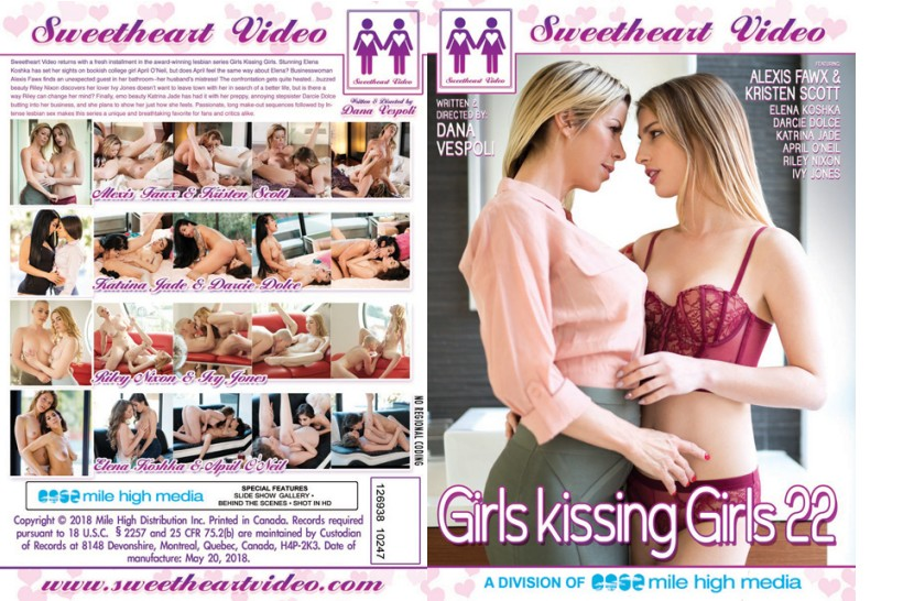 Girls Kissing Girls 22